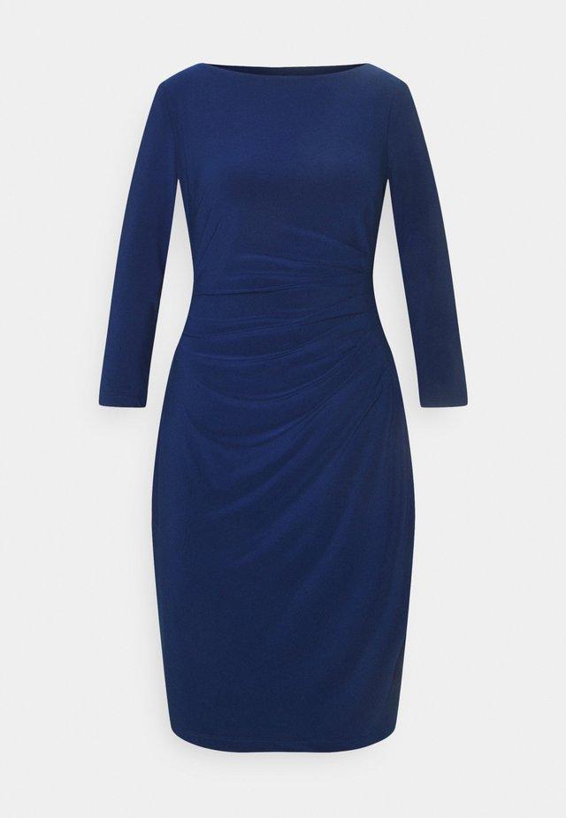 MID WEIGHT DRESS - Shift dress - twilight royal