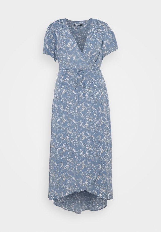 PLUS FLORAL V NECK TIE WAIST DRESS - Denní šaty - blue