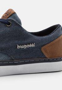 Bugatti - GANTE - Trainers - blue - 5