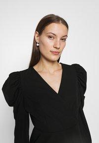 Selected Femme - SLFPRETTY DRESS  - Denní šaty - black - 3
