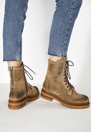 Platform ankle boots - sd mounton cmt
