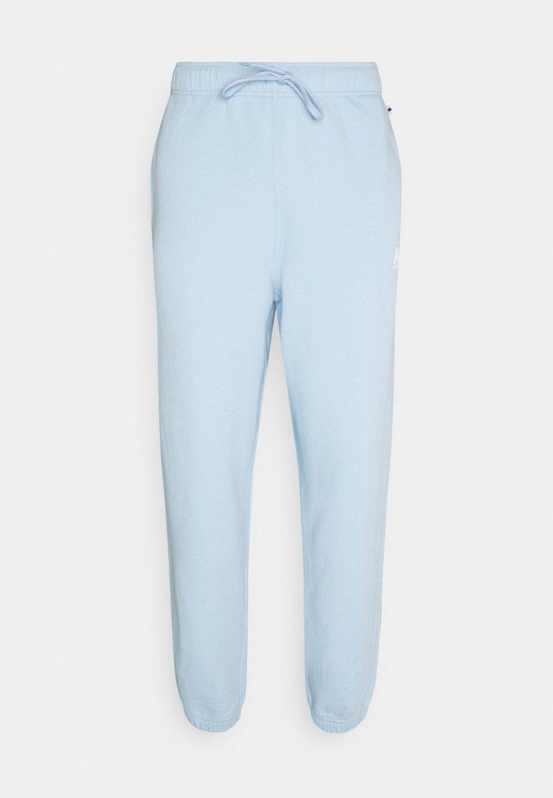 Martin Asbjørn - TRACKPANTS - Pantalon de survêtement - dream blue