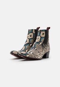 Jeffery West - SYLVIAN NEW CHELSEA UNISEX - Cowboy/biker ankle boot - dark blue - 1