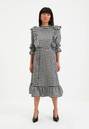A-line skirt - black, white