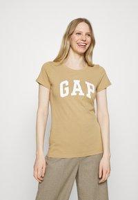 GAP - FRANCHISE TEE 2 PACK - T-shirt print - mojave - 2