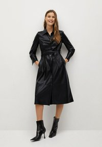 Mango - CINTIA - Shirt dress - schwarz - 0
