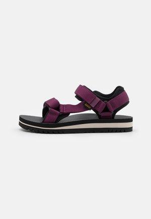 UNIVERSAL TRAIL WOMENS - Walking sandals - amaranth