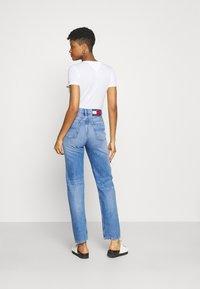 Tommy Jeans - JULIE UHR - Straight leg jeans - denim light - 2