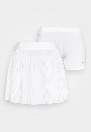 SAGA PLEATED GOLF SKIRT 2-IN-1 - Sportovní sukně - white