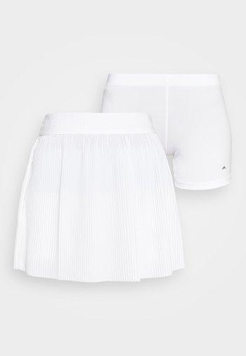 SAGA PLEATED GOLF SKIRT 2-IN-1 - Sports skirt - white