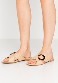Head over Heels by Dune - LISAA - Pantofle - natural - 0