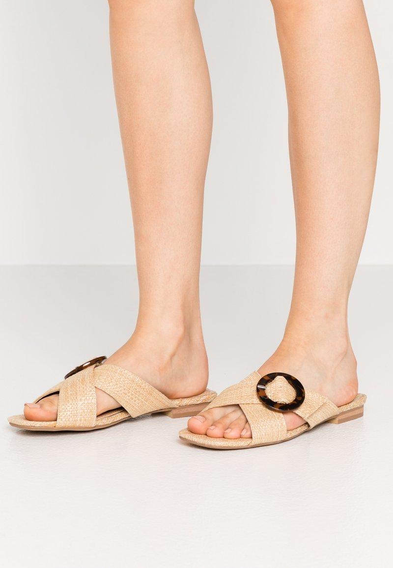 Head over Heels by Dune - LISAA - Pantofle - natural