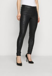 Dorothy Perkins Petite - ANIMAL FRANKIE - Jeans Skinny Fit - black - 0