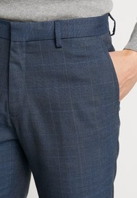 Burton Menswear London - HIGHLIGHT CHECK - Pantalon classique - blue - 3