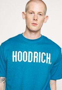 Hoodrich - CORE - Print T-shirt - blue - 5