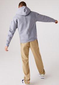 Lacoste LIVE - SH1451  - Hoodie - gris chine / blanc - 2