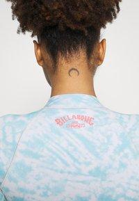 Billabong - PEEKY JACKET - Bikini top - island blue neo - 4