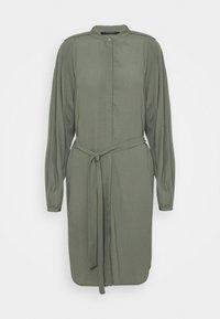 LILLI CACILIA SHIRT DRESS - Shirt dress - moss