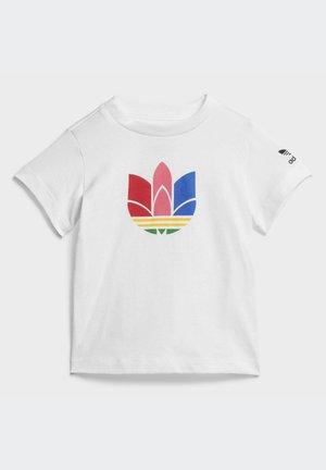 ADICOLOR 3D TREFOIL - Print T-shirt - white