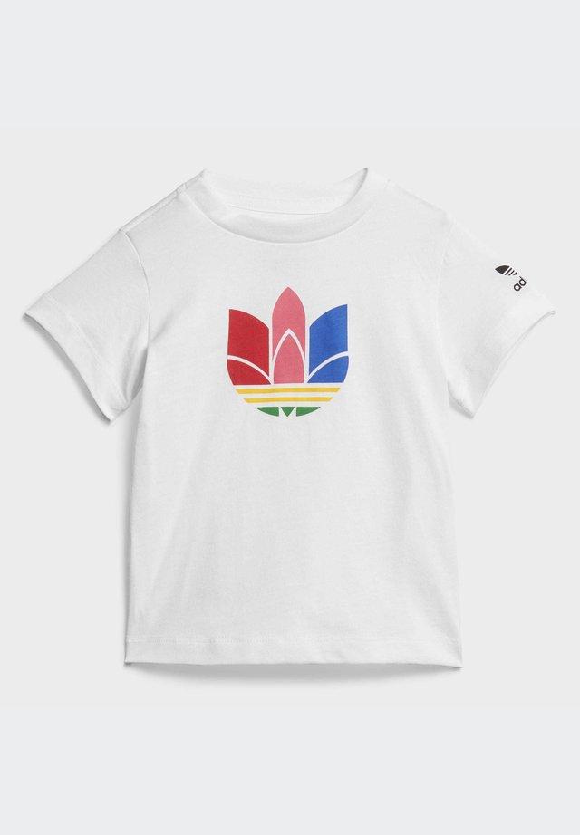 ADICOLOR 3D TREFOIL - T-shirt imprimé - white