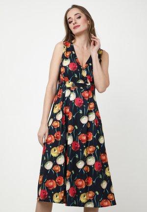 GENEVRA - Korte jurk - blau, rot