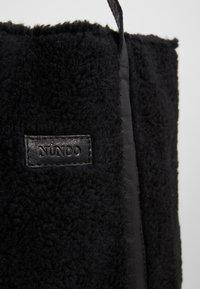Núnoo - Velká kabelka - black - 6