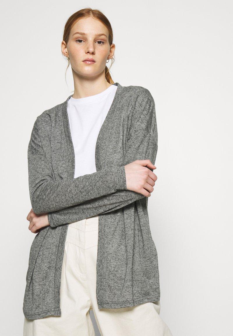 Vero Moda - VMSUPER  - Kardigan - light grey melange
