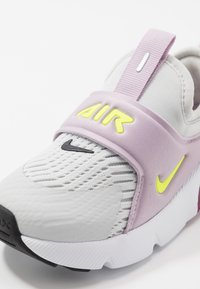 Nike Sportswear - AIR MAX 270 EXTREME  - Instappers - photon dust/lemon/iced lilac/black - 2