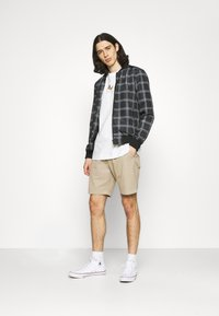 Abercrombie & Fitch - PULL ON - Shorts - khaki - 1