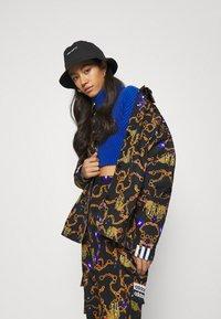 adidas Originals - GRAPHICS SPORTS INSPIRED LOOSE JACKET - Kurtka wiosenna - multicolor - 4