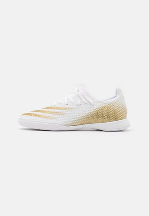 X GHOSTED.3 FOOTBALL SHOES INDOOR - Indoor football boots - footwear white/metallic gold