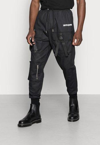 DOUBLE BUCKLE PANTS - Cargo trousers - black