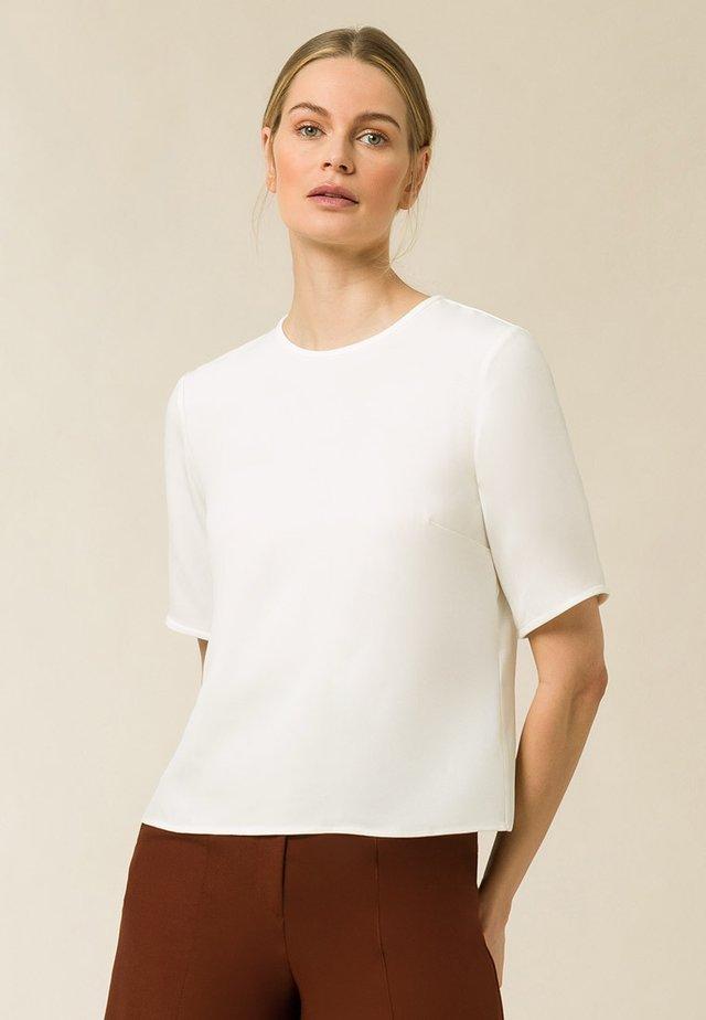 TIANA - Basic T-shirt - snow white