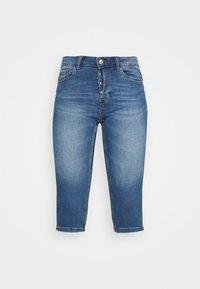Vero Moda - VMSEVEN  - Denim shorts - medium blue denim - 3