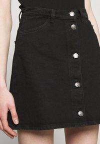 Monki - MARY SKIRT - A-snit nederdel/ A-formede nederdele - dark black - 3