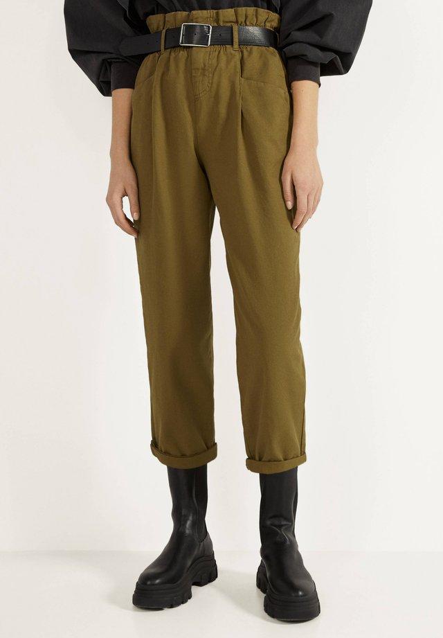 PAPERBAG - Pantalon classique - green