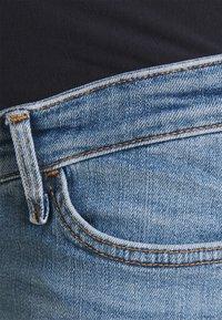 River Island Maternity - Denim shorts - mid authentic - 2