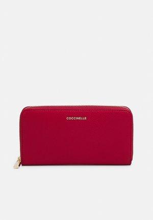 SOFT WALLET - Wallet - ruby