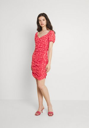 VIPHILLA RUCHED DRESS - Day dress - barberry/flower
