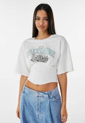 MIT CORSAGE - Print T-shirt - stone