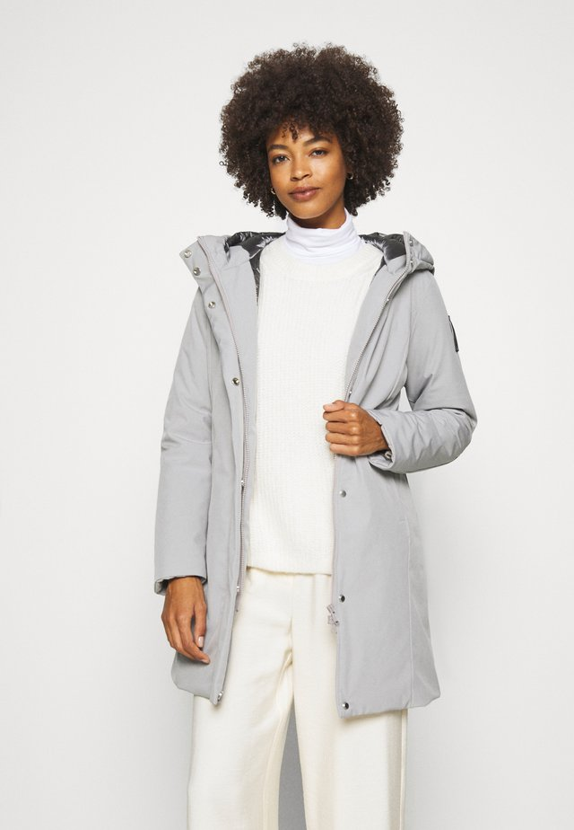 Winter coat - pearl grey