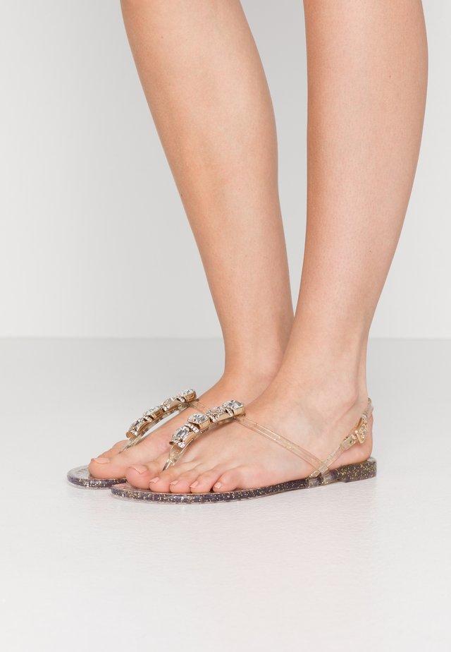 Sandalias de dedo - beach glitter ice/oro