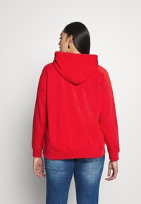 Lee Plus - HOODIE - Bluza z kapturem - red - 2