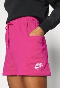 Nike Sportswear - AIR - Shorts - fireberry/(white) - 4