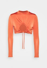 Missguided Petite - RUCHED CUT OUT SLINKY CROP TOP - Camiseta de manga larga - red - 4