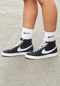 Nike Sportswear - BLAZER MID '77 - Sneakers high - black/pure platinum/sail/white - 5