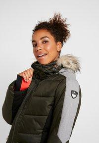 Icepeak - ELECTRA - Snowboard jacket - dark green - 6