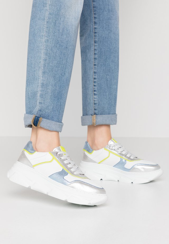 NAVA - Sneakers basse - white/metallics
