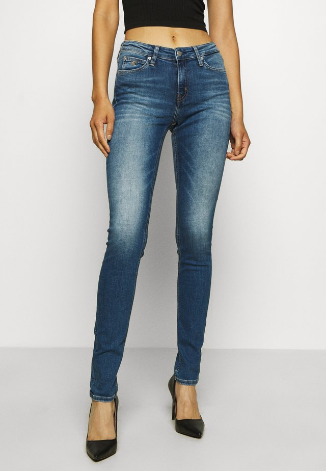 MID RISE SKINNY - Jeans Skinny Fit - bright blue