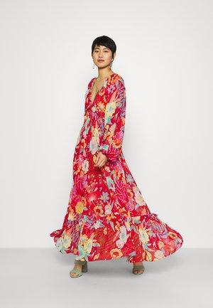 FLORAL MAXI DRESS - Maxi dress - red